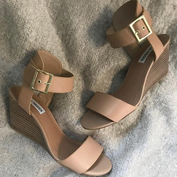 2245531d313 Steve Madden low wedge sandals